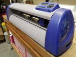 "Precision Servo ARMS Vacuum Vinyl Cutter With Automatic Registration Mark System P720IIP 28.3"" / 24.8"" Refurbished"